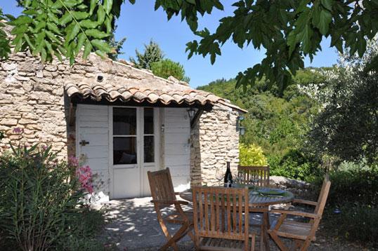 Location vacances luberon maison de vacances avec for Location villa salon de provence